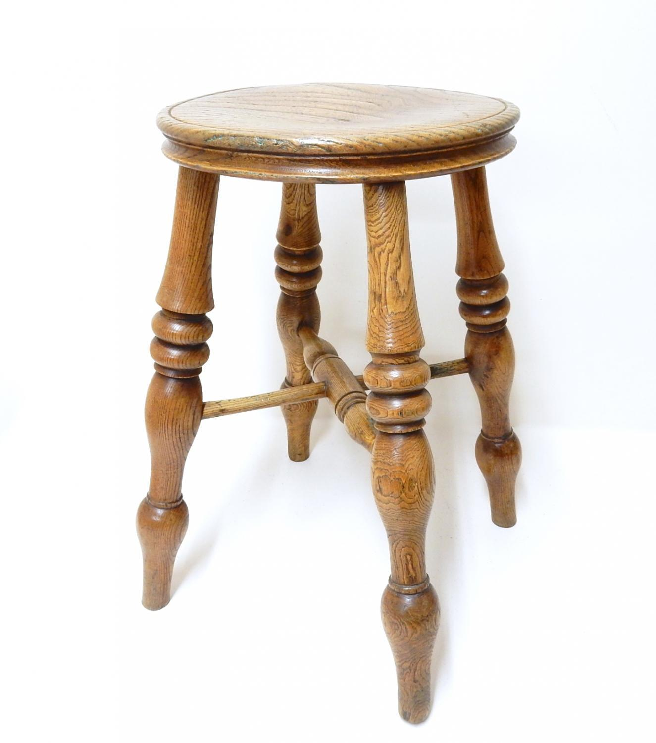 Bodger's Antique Windsor Stool