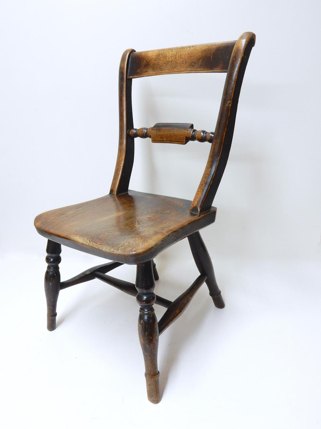 Antique Windsor Child's Chair - picture 1 ... - Antique Windsor Child's Chair In Sold