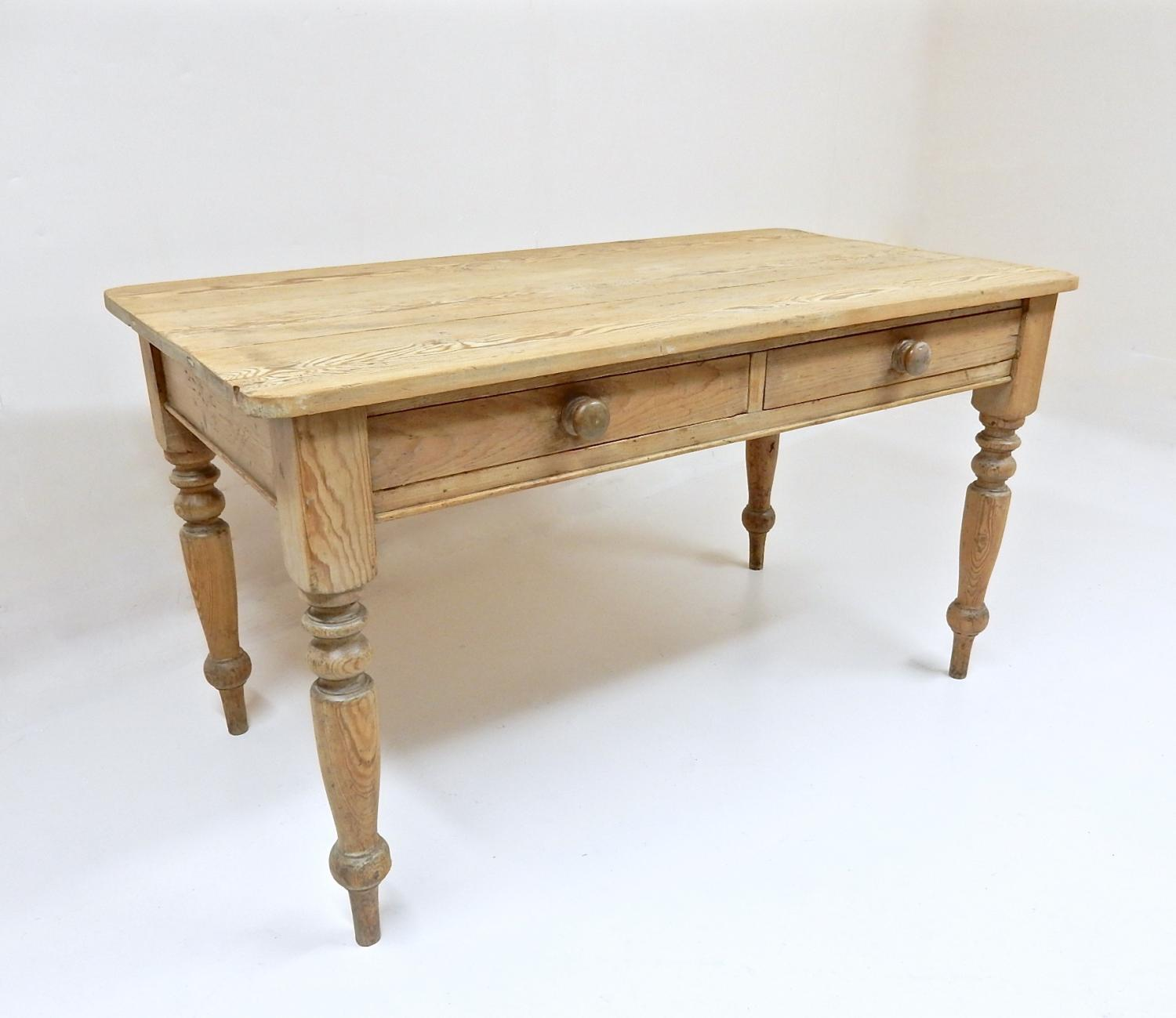 Victorian Country Kitchen Table