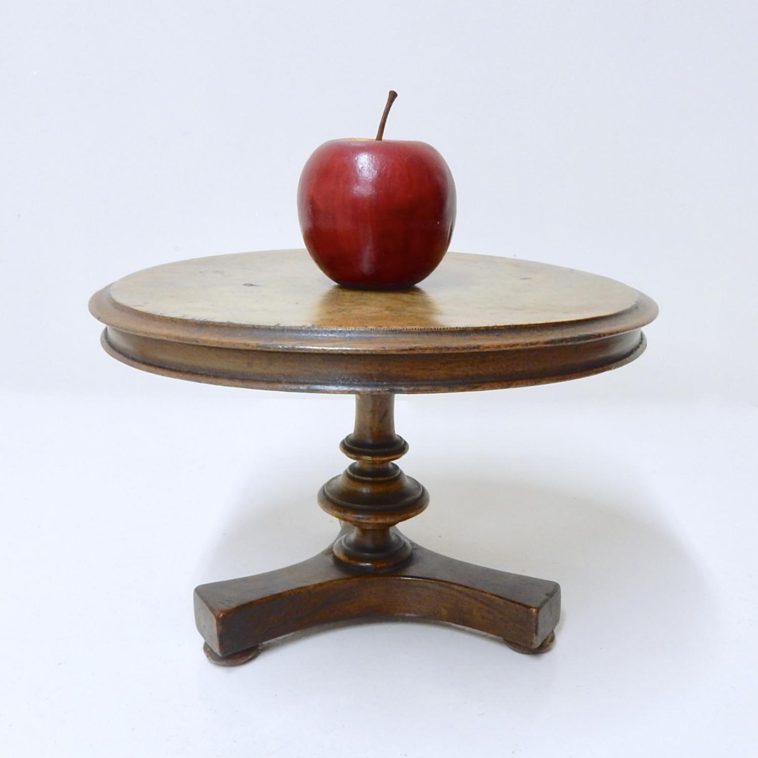 Apprentice Piece - Treen Table