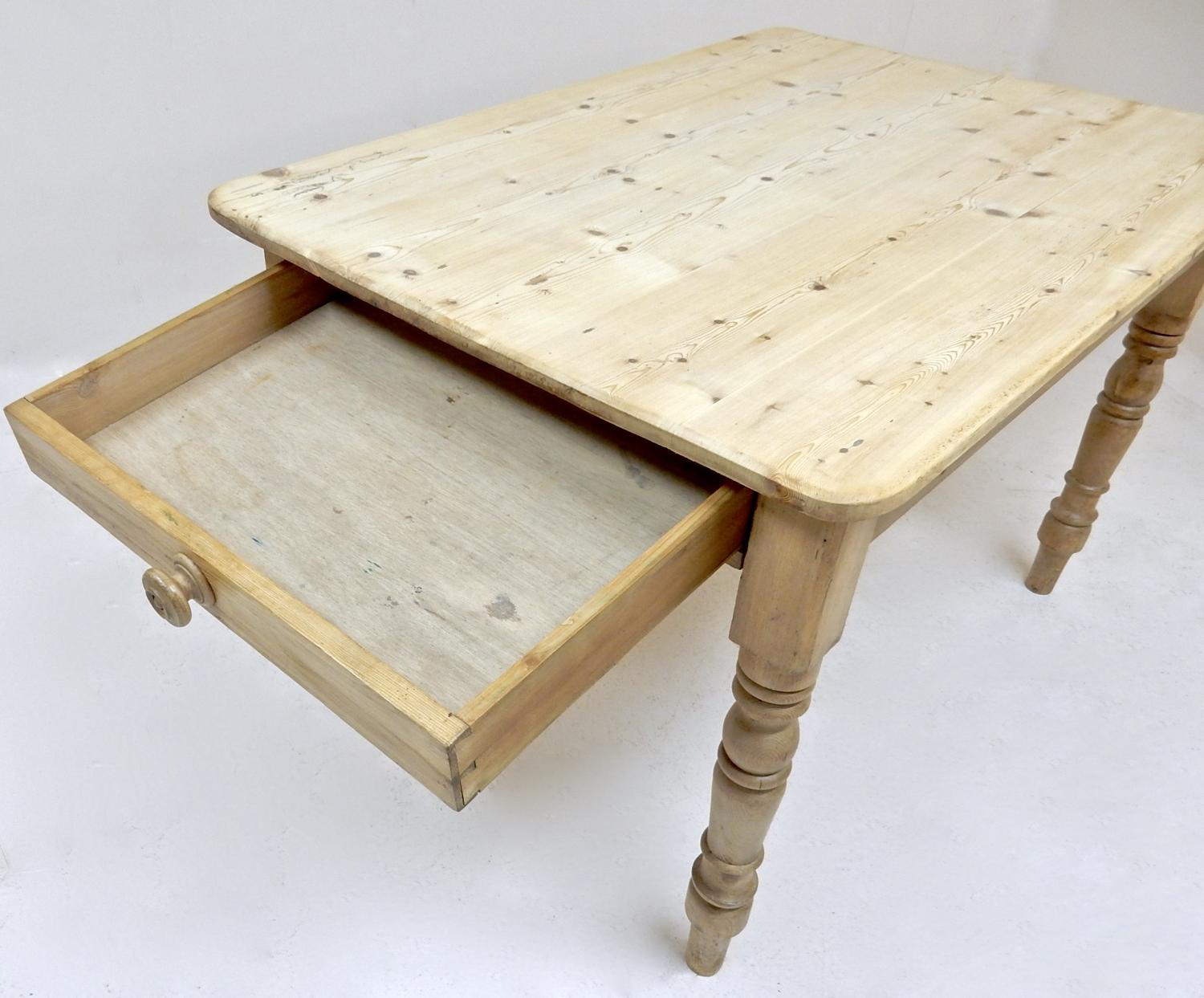 Pine Kitchen Tables And Chairs Pine Kitchen Table In Tables And Chairs