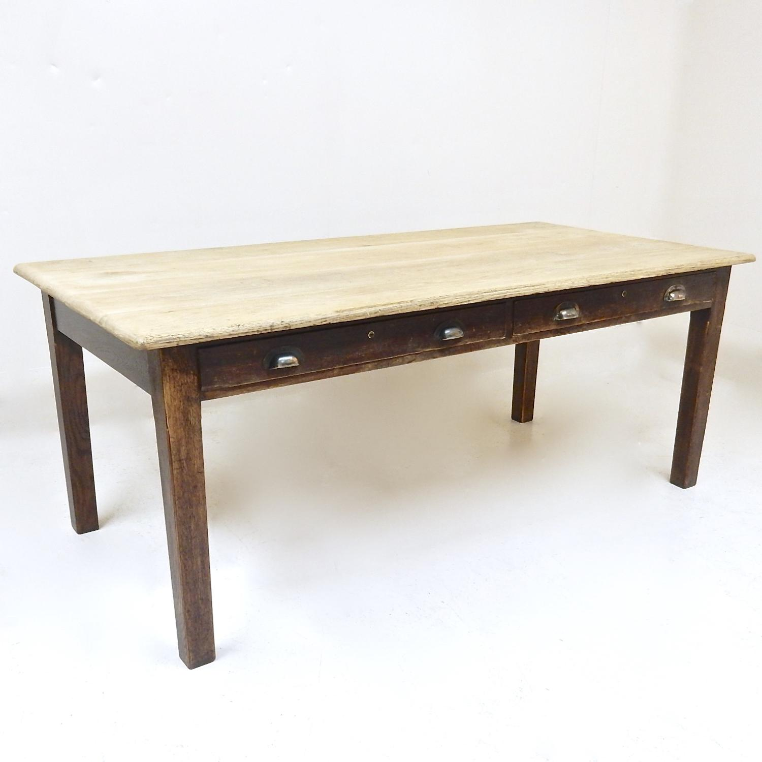 oak kitchen table in tables and chairs