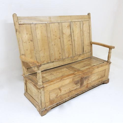 Antique Box Settle