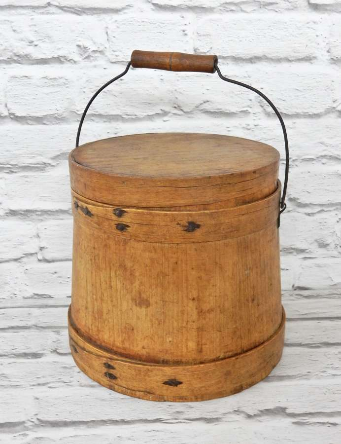 Shaker Style Sugar Bucket