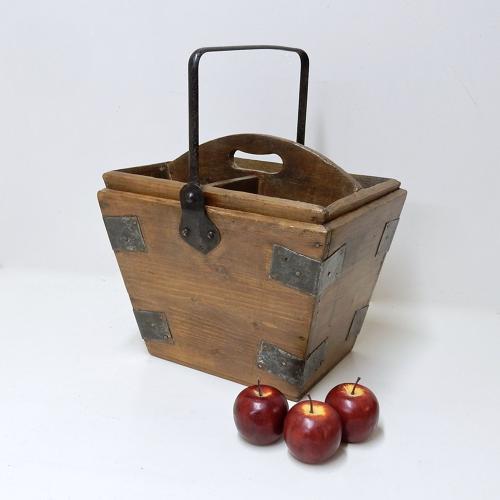 Vintage Housemaid's Bucket