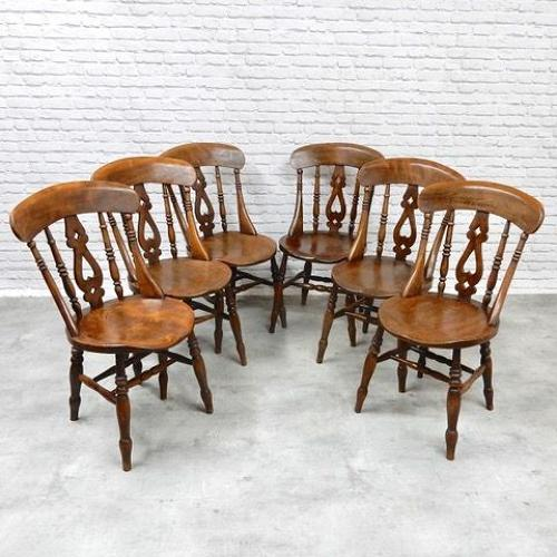 Set Windsor Kitchen Chairs