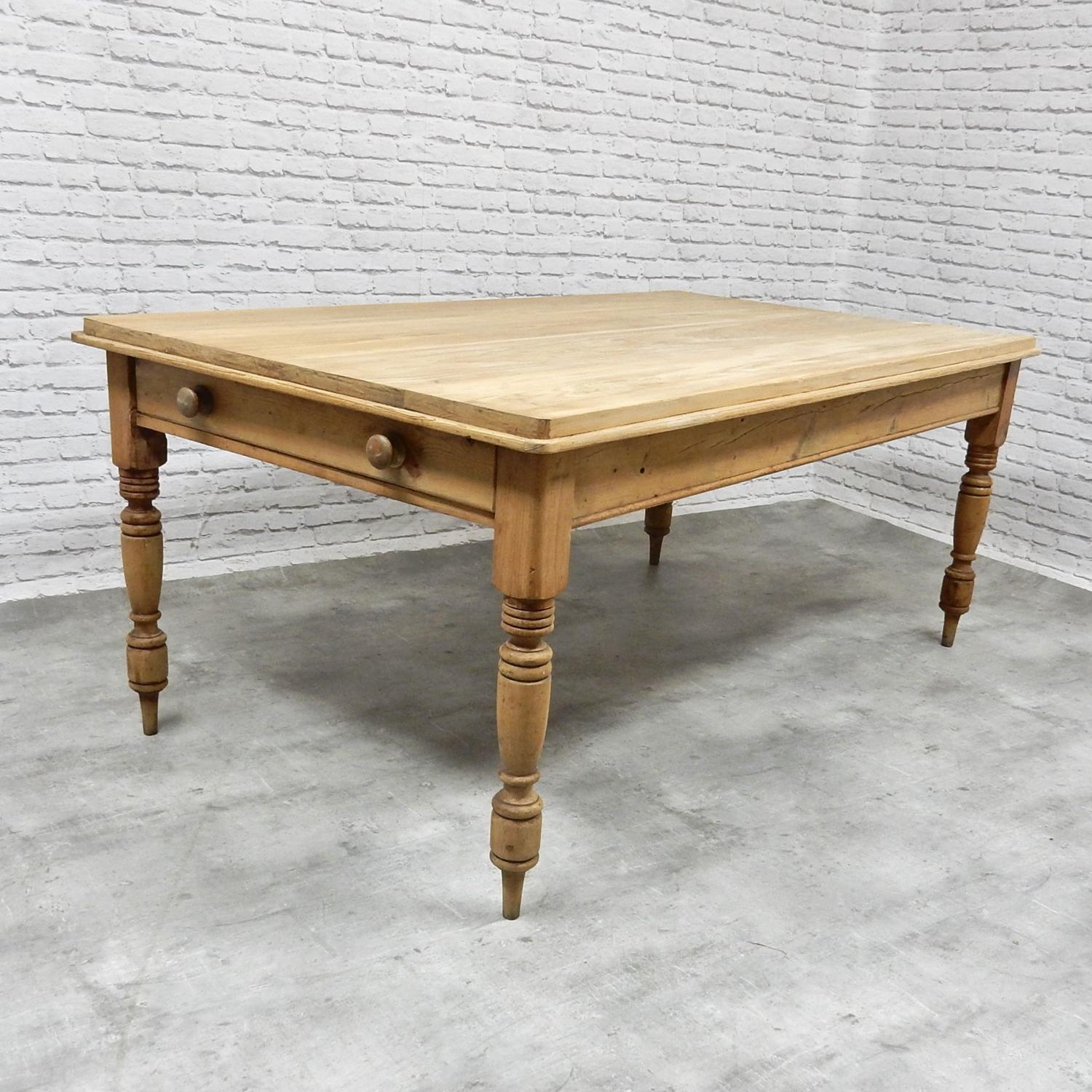 Large Pine Kitchen Table