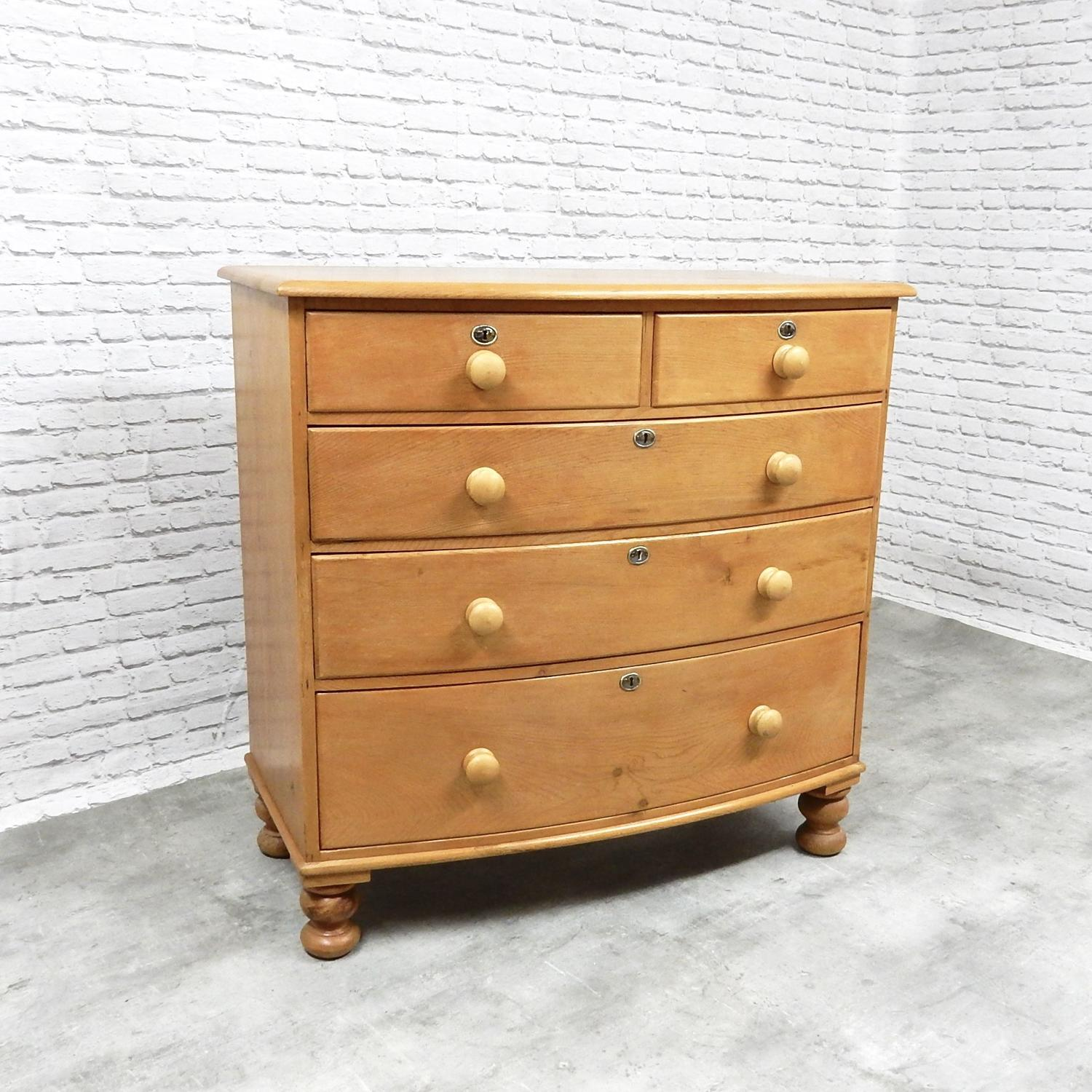 Top quality Pine Chest of Drawers