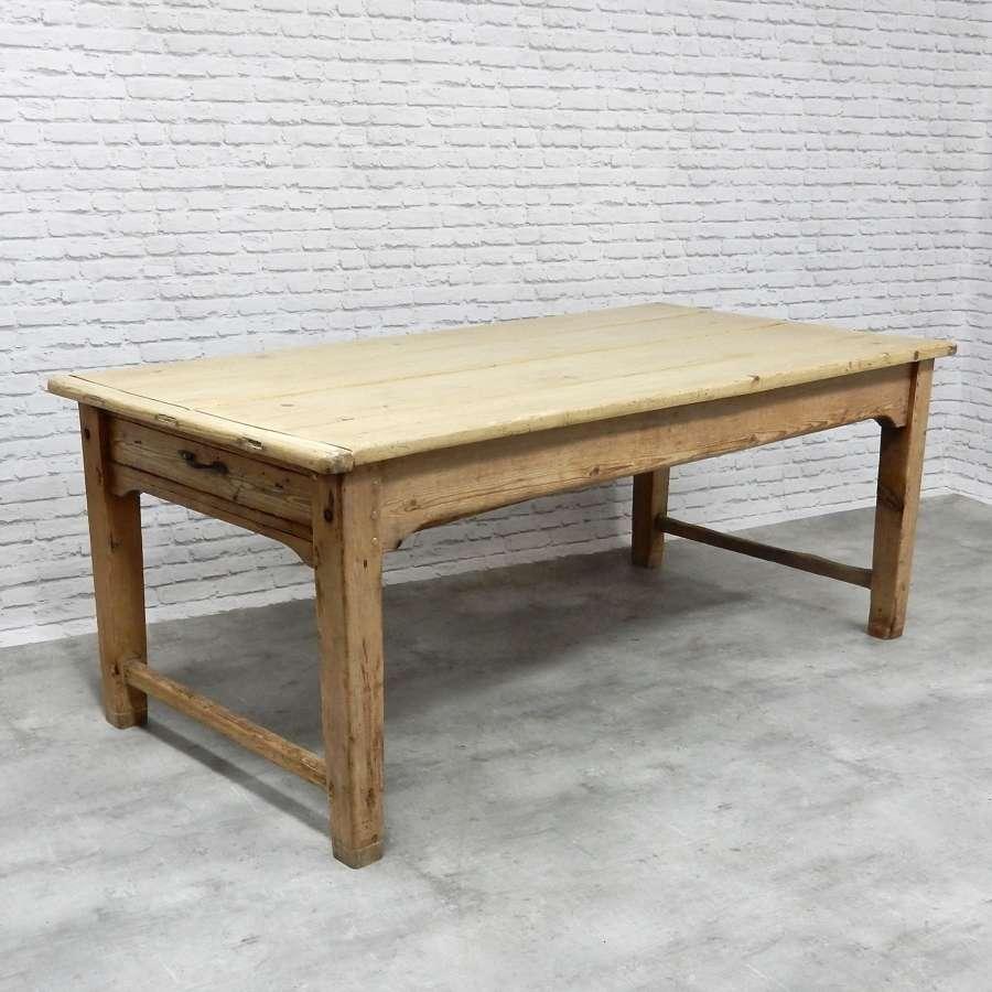 Georgian Farmhouse Table