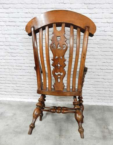 Extra Large Best Quality Windsor Armchair in Windsor Armchairs