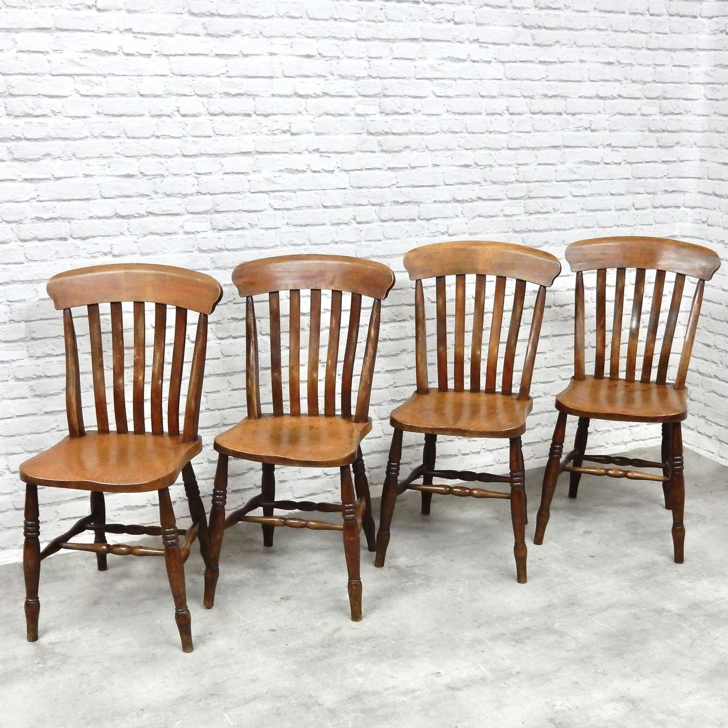 Set Antique Country Kitchen Chairs
