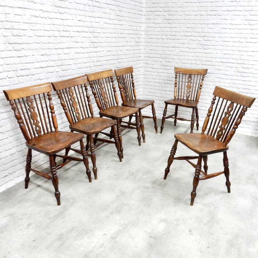 Set 6 Windsor Dining Chairs