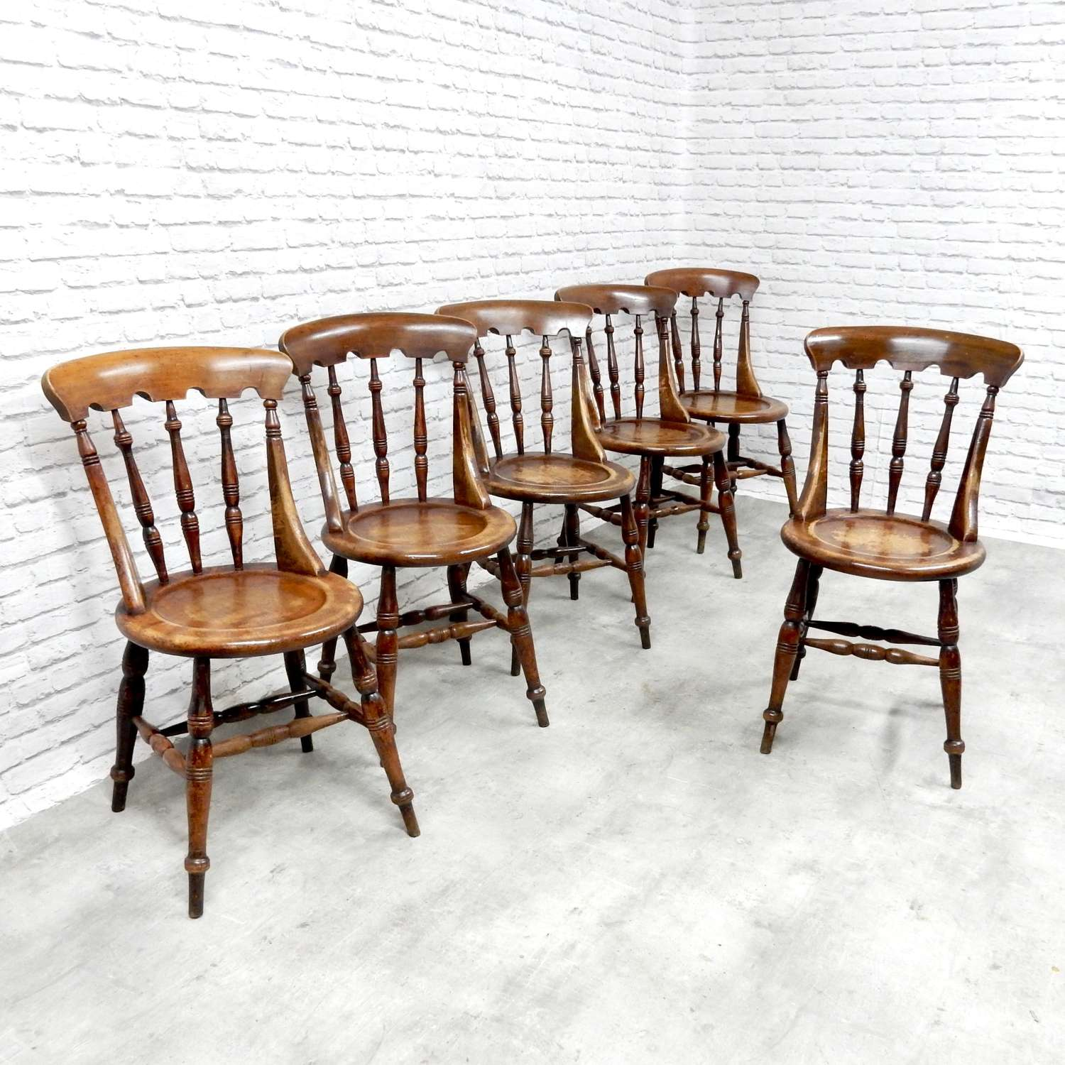 Antique Windsor Chair Set