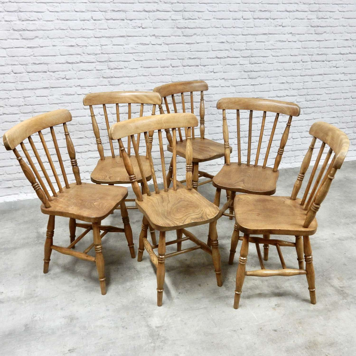 Vintage Windsor Chair Set