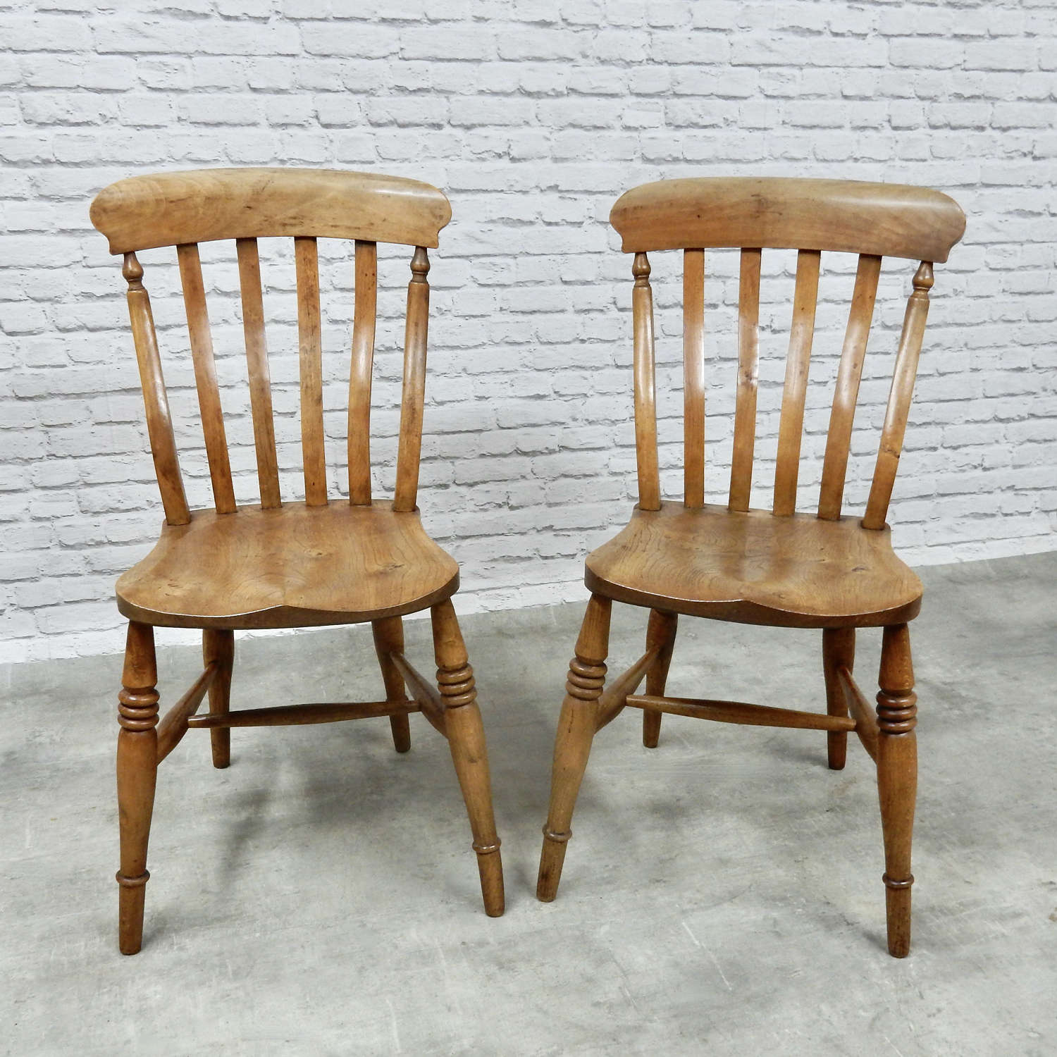 Pr Windsor Lathbach Kitchen Chairs