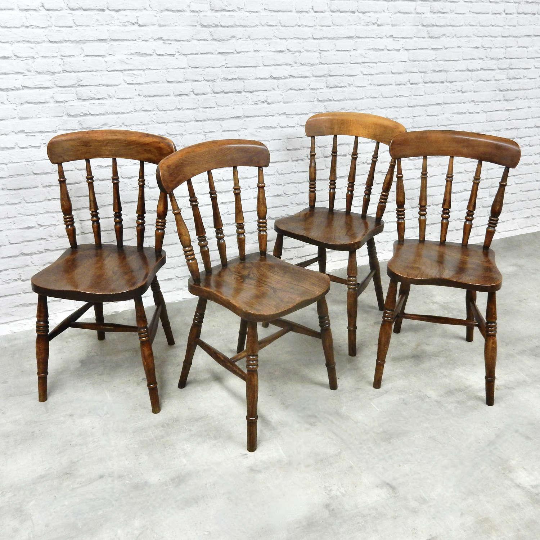Set 4 Antique Windsor Kitchen Chairs