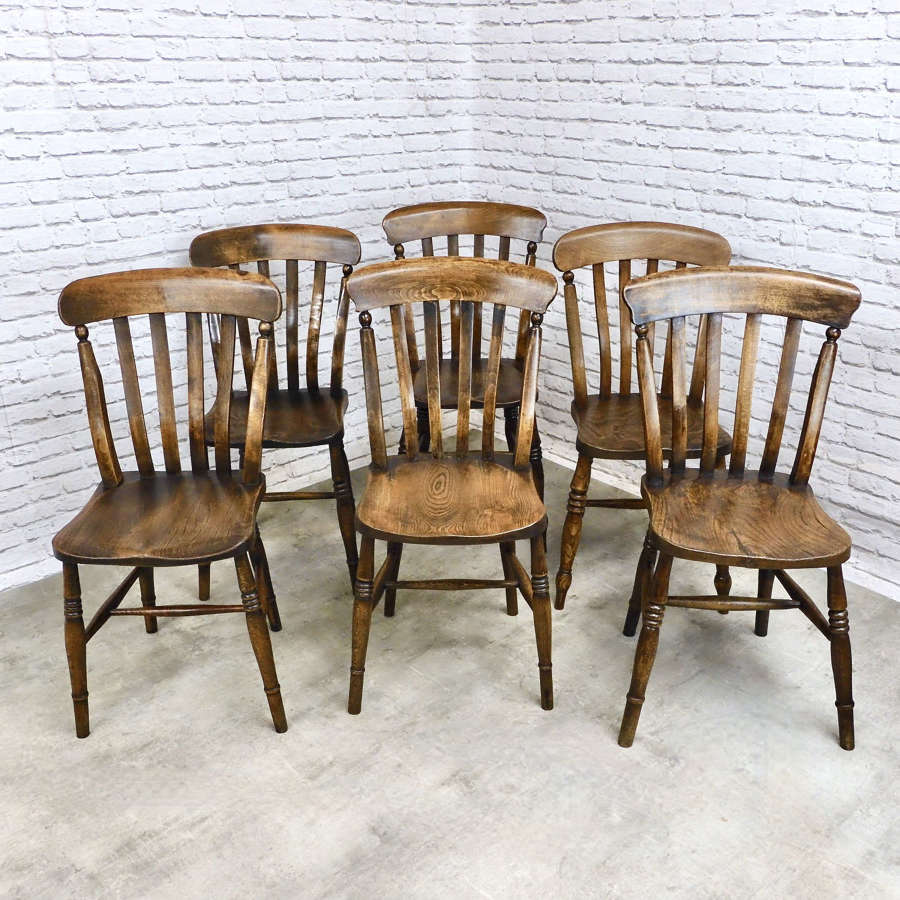 Set Windsor Lathback Kitchen Chairs