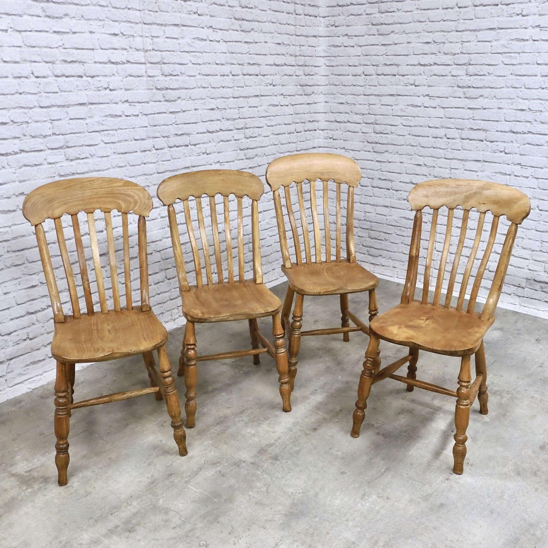 Set 4 Lathback Kitchen Chairs